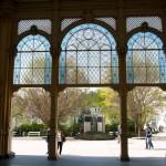 Marienbad, Schöne Fenster in Gusseisernen Kolonnade