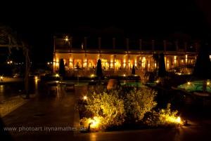Mitsis Memories bei Nacht: sehr hübsch und romantisch