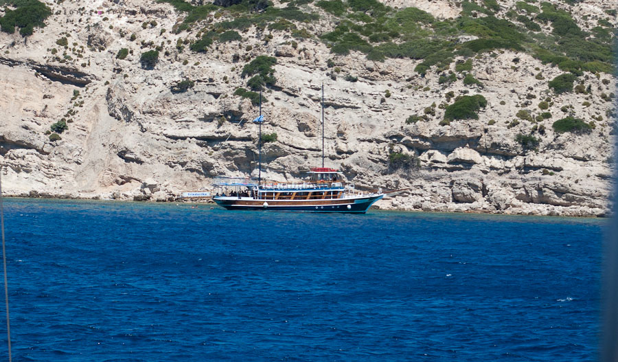 Bootsausflug zwischen den Inseln. Griechenland